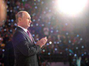 Запад попытается достать Путина через олигархов