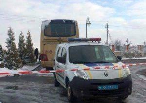 Во Львове пытались взорвать автобус с польскими туристами. В сейме призвали построить стену на границе с Бандерштатом