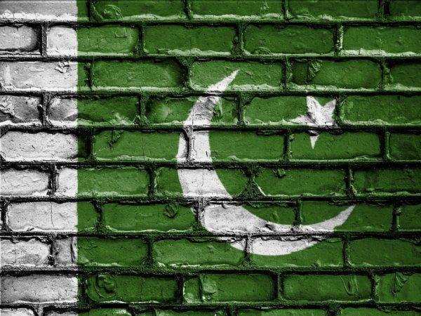 США подготавливают санкции против Пакистана за помощь террористам