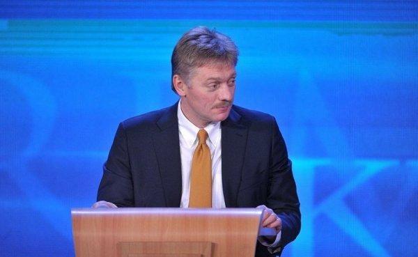 Песков призвал власти Украины дать четкий ответ по военной технике в Крыму