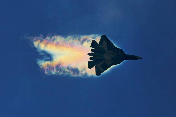 На что способен истребитель пятого поколения Су-57