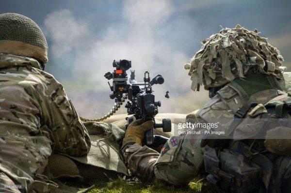 Сравнительная оценка эффективности АГС-17 и станкового пулемета ПКМС