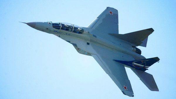 """Самолёт """"на вырост"""": МиГ-35 взлетает в пятое поколение"""