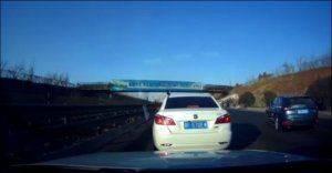 Жидкий газ вспыхнул на шоссе в Китае