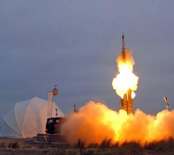 Российская ракета сбивает американский истребитель F-22. Западные военные признали фиаско