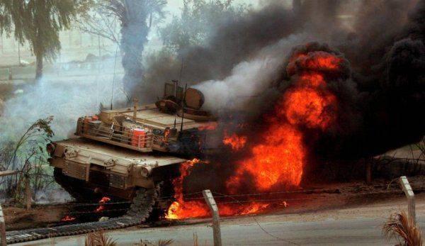 """Китайская """"Красная стрела-8"""" сожгла дотла американский танк"""