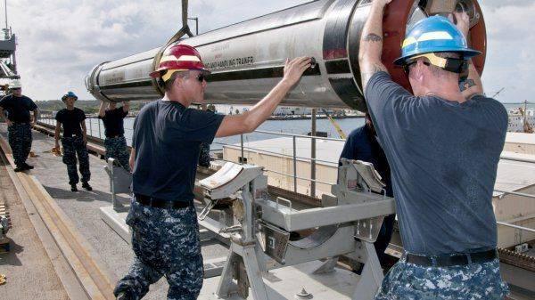 Две американские ракеты вместо Сирии угодили в Россию