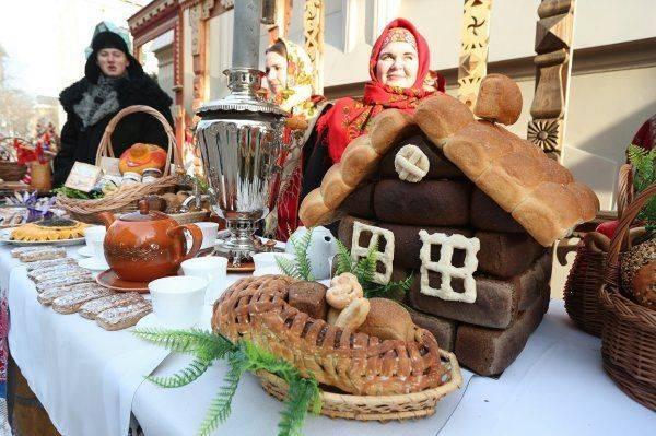 Внутренний туризм в России: Куда поехать на майские праздники