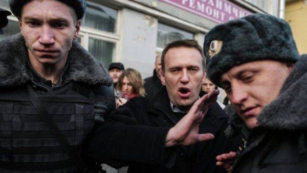 Зачем Алексею Навальному нужен митинг 5 мая?