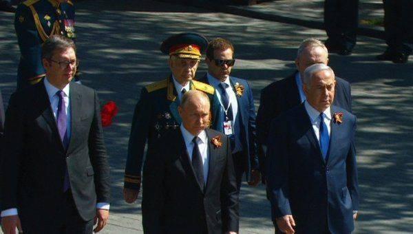 Путин не позволил охране оттеснить ветерана
