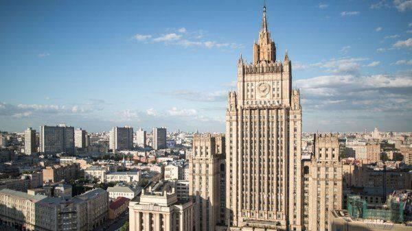 Волкер едет в Донбасс с войной
