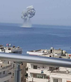 Очевидцы сняли момент крушения истребителя Су-30 в Сирии