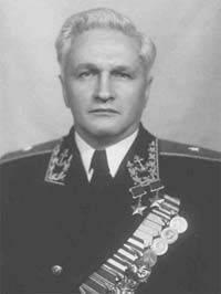 Василий Иванович Раков - баловень судьбы или просто герой?