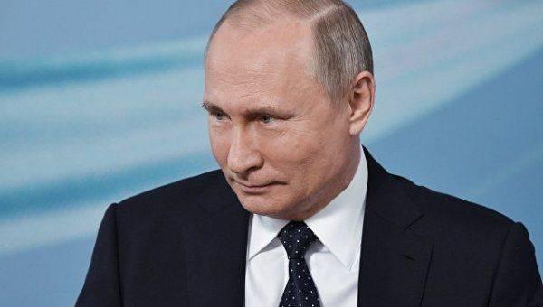 Владимир Путин бдительно следит за реализацией «дорожного плана»