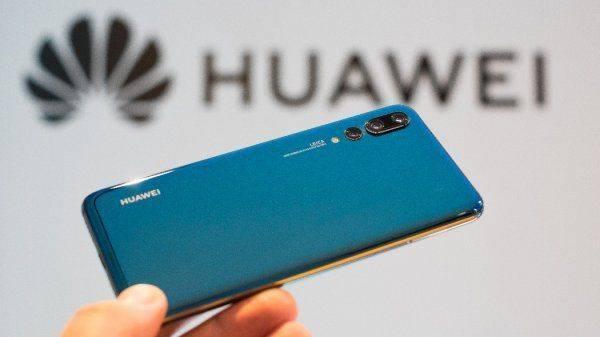 Корейско-китайская война за Россию: Чей смартфон станет номером один на нашем рынке