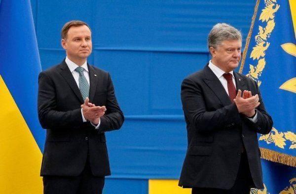 Порошенко спровоцировал новый конфликт с Польшей