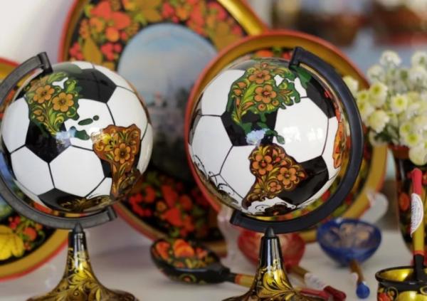 ТОП-3 самых популярных у иностранцев сувениров из России с ЧМ-2018