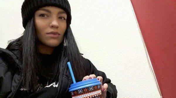 В Киеве девушке, обвиняемой в нападении на бойца АТО, дали условный срок