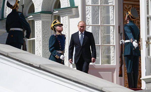 Украинские СМИ: Если честно, то Путин внушает уважение