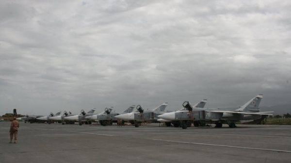 Военные сбили запущенный боевиками возле авиабазы Хмеймим дрон