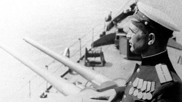 Флот вернулся к историческому черному