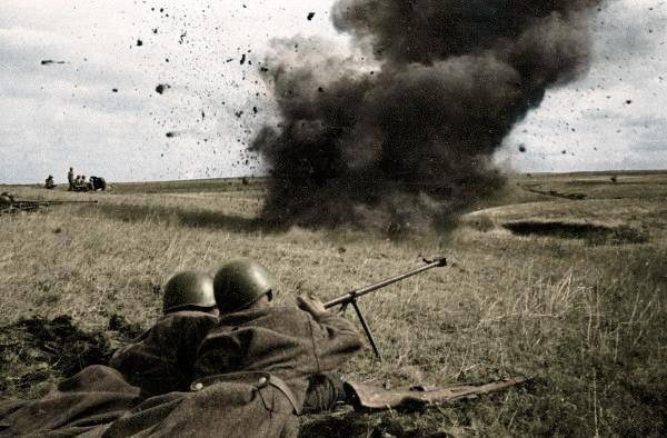 Курская битва в объективах немецких и советских фотографов
