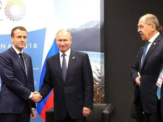"""Лавров: Путин """"на пальцах"""" разъяснил Меркель и Макрону провокацию Украины"""