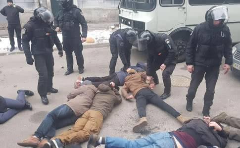 Лежать бандера: Украинские полицейские обвинили руководство МВД в предательстве
