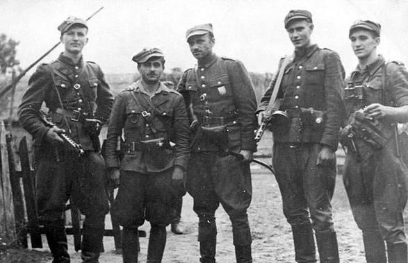 Армия Крайова уничтожала советских партизан и пыталась диктовать условия Сталину
