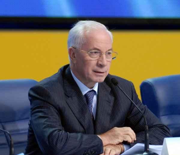 Азаров прогнозирует имитацию «майдана» по итогам выборов на Украине