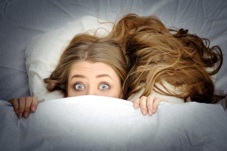 Воскресная бессонница: как уснуть накануне рабочей недели, чтобы выспаться