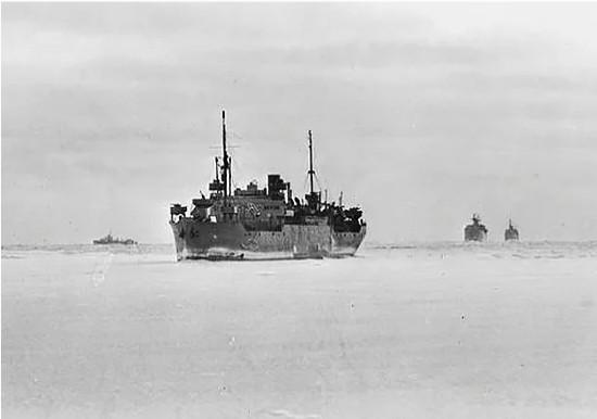 Зачем англичане топили свои же суда из арктических конвоев во время ВОВ