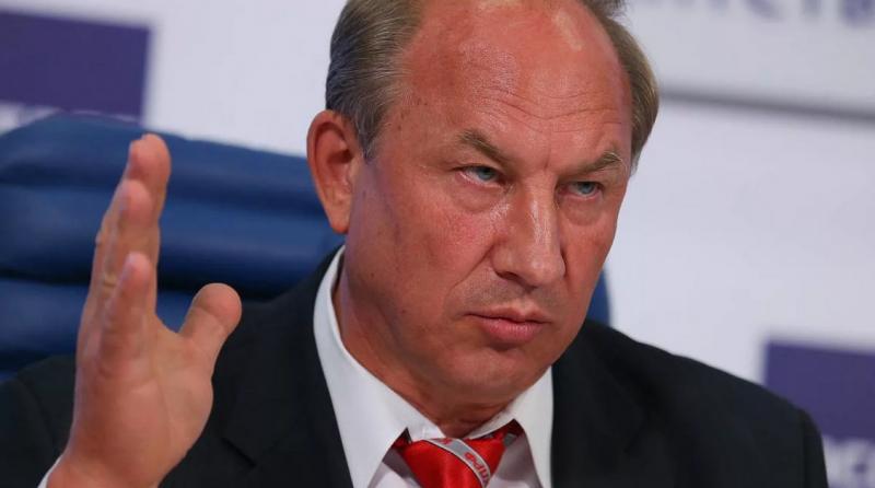 Депутат Рашкин не стал помогать своему единомышленнику и обрек его на гибель