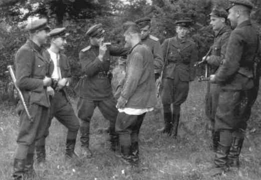 Какие преступления совершили бандеровцы в форме Красной армии