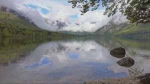 Бохиньское озеро - самое большое озеро Словении