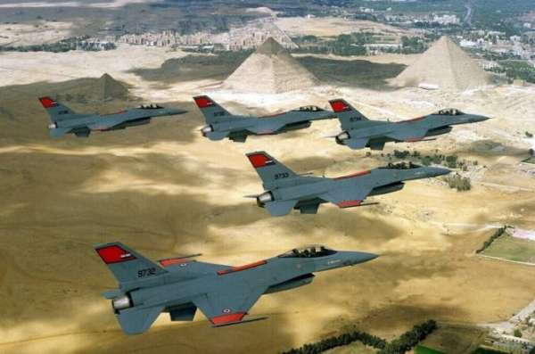 Су-35 против «Rafale»: По мнению египетских военных, только российские самолеты могут успешно противоборствовать авиации США и Израиля