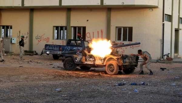 Стало известно, кто поставляет оружие в Триполи
