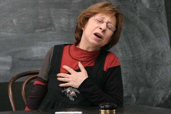 Ахеджакова заявила, что Ефремова подставили, а она «очень страдает»