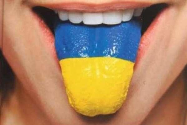 Порошенко и Зеленский зря надуваются от гордости за искоренение русского языка, — Сатановский