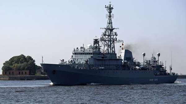 Военный эксперт сказал, какую выгоду извлечет Россия от «пасующегося» на Балтике эсминца США