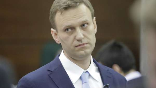 Политолог Евгений Сатановский рассказал, где прокололись навальнисты с вещдокам «отравления»