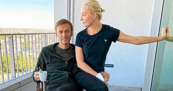 Навальный лечится в «Шарите» не от отравления, а от проблем с печенью