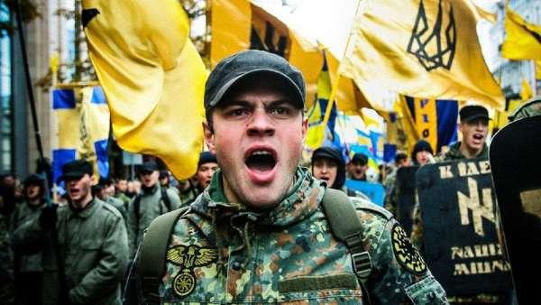50 одновременных обысков — украинская полиция нагрянула к нацистам