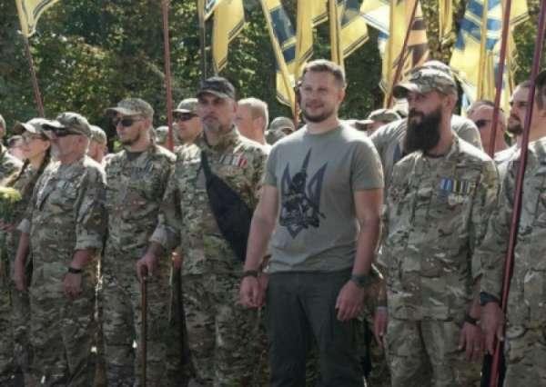 СБУ втайне от Авакова провела массовые обыски в «Нацкорпусе» и «Азове»
