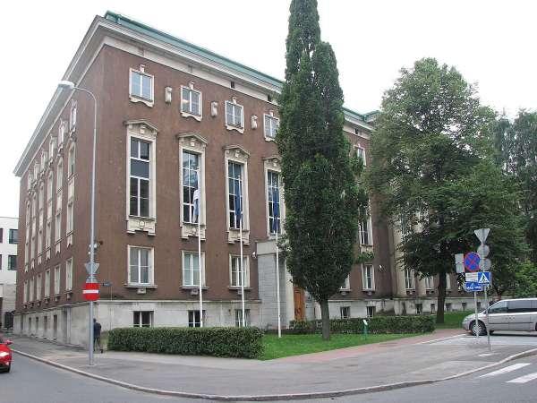 Как эстонские генералы пилят государственный бюджет