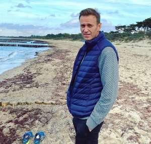 Навальный попросил продлить свое пребывание в Германии