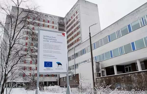 Спасение от Covid-19 для элиты: коронавирусный скандал в Прибалтике